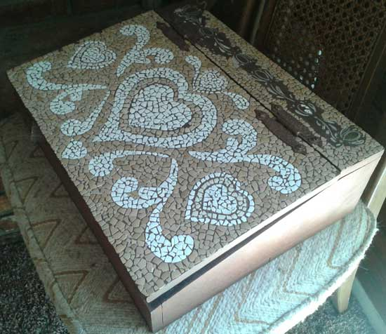Mosaic art created with eggshells