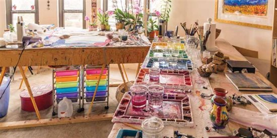 Being able to see a fellow artist's workspace can be an inspirational breakthrough.