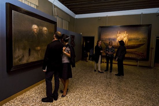 The Kitsch Biennale in Venice, Italy, in 2010 featured oil painting works by Odd Nerdrum among others.
