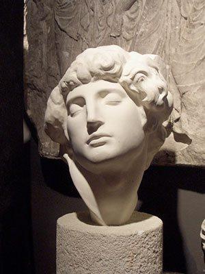 LaRock's figure drawing demonstration, original photo of the bust.