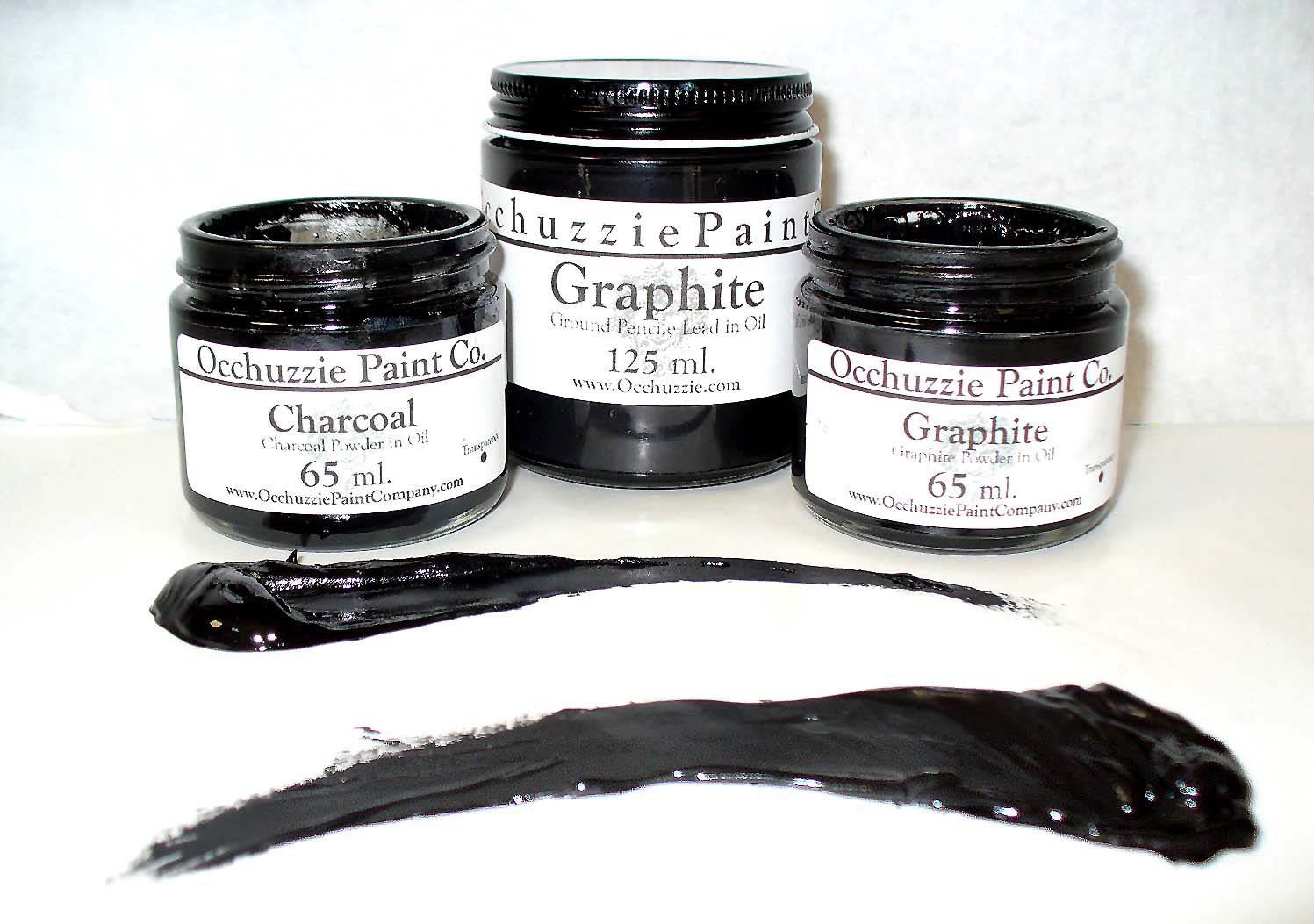 Occhuzzie graphite ink for drawing