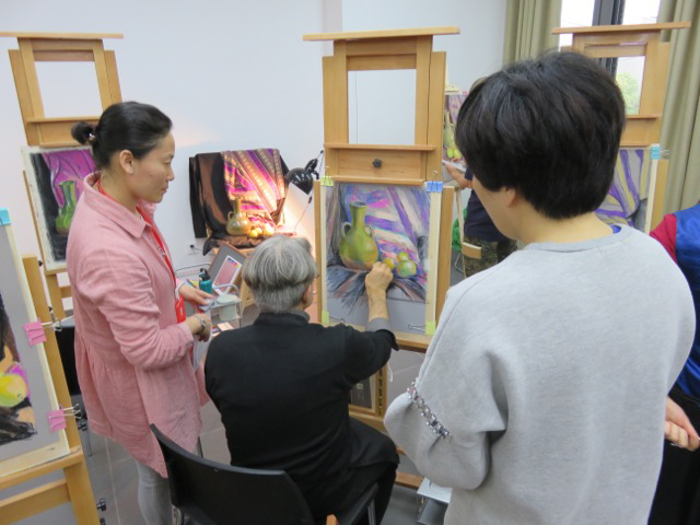 teaching-pastel-in-china-jerzy-Moscicki