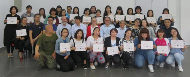 teaching-pastel-in-china-teachers