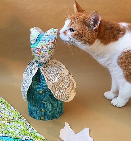 Cat photobomb!