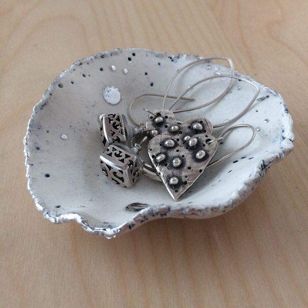 paper clay bowl with jewelry
