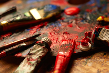 Oil paints can be messy | ArtistsNetwork.com