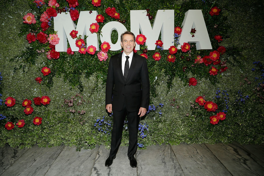 Koons lets go of half his production staff | Artists Network