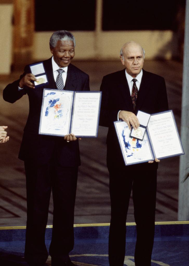 Nelson Mandela and F.W. de Klerk | artistsnetwork.com