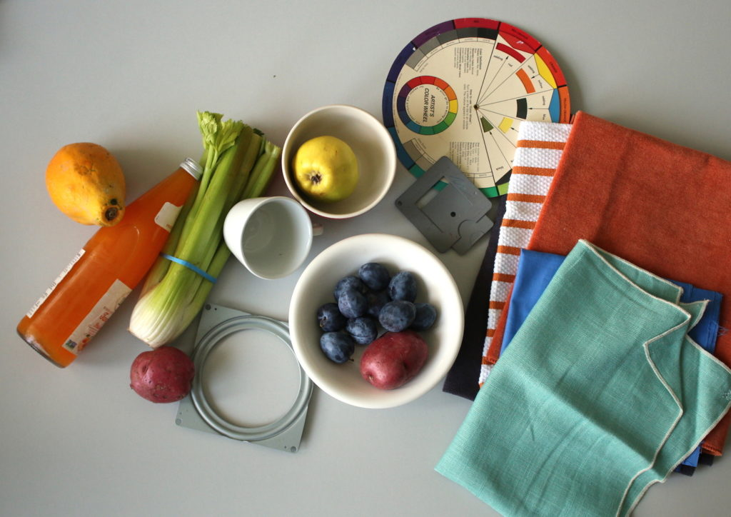 Supplies for Setting Up a Still Life Composition | Artists Magazine