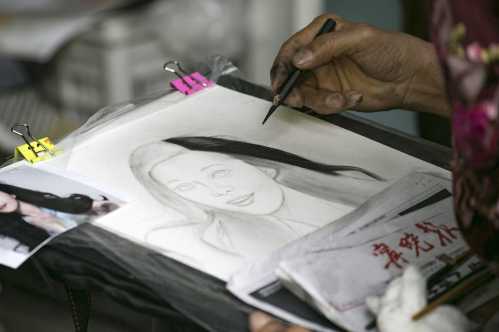 Photo by Getty Images | Drawing Hair in Graphite and Colored Pencil for Beginners | Lee Hammond, Artists Network